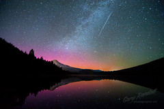 Just Passing Through (Gary Randall) Tags: lake reflection oregon stars mthood nightsky mounthood northernlights auroraborealis milkyway trilliumlake dsc51183