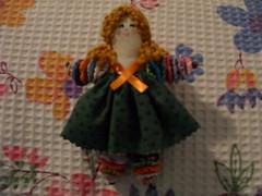 Fuxiquete (SILVIA FERREIRA OFICINA DO FUXICO) Tags: fuxico boneca tecido
