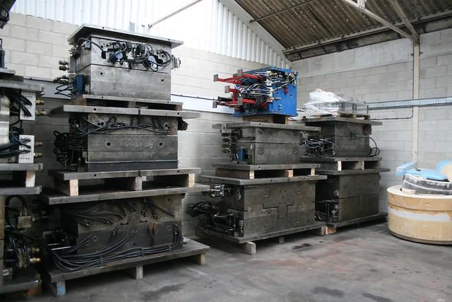 automotive warehouse tooling