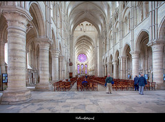 Laon Cathedral (holland fotograaf [on/off]) Tags: cathedral laon picardy frence canon24105 canon5dmark2 hollandfotograaf