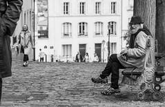 IMG_2983.jpg (Ciccio Bersani) Tags: trip holiday france louvre homeless montmartre francia viaggio senna vacanza parigi