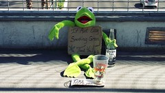 kermit's down on the strip (eFB) Tags: vegas money weed puppet lasvegas muppets strip kermit coronita