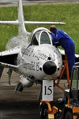 Checking (Sébastien Locatelli) Tags: nikon force swiss air bleu di hunter 70300mm tamron stephan vc berner hawker usd 2012 sankt luftwaffe simmental hunterfest d5000 oberlend