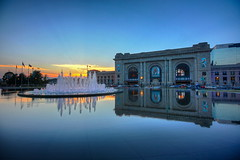 Enjoying Sunsets (KC Mike D.) Tags: union station unionstation sunset dusk light water fountain reflection