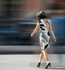 Charme (giumichi) Tags: street girl classe charme portamento