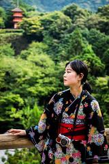 Woman in kimono (RyanEllis) Tags: kyoto japan asia kiyomizudera
