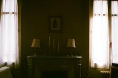 Lire. (MarinLebeau) Tags: argentique pnombre rtro chemine obscur tamise sombre agfavista400 vista400 clairobscur 35mm oldhouse