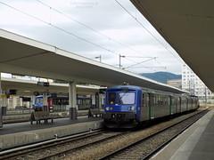 RRR Auvergne 12 + Y8110 (ChristopherSNCF56) Tags: y8000 y8110 rrr rame reversible regionale auvergne sncf trains ter gare de clermont ferrand