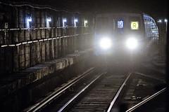 r_160825362_tests_a (Mitch Waxman) Tags: 59thstreet midtown newyorkcity rline subway