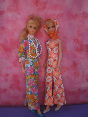 Francie loves clone fashions (puppi17) Tags: clonefashion franciedoll hairfairfrancie franciemattel gphfrancie