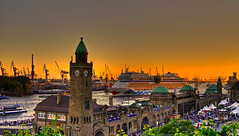 Hamburg Cruise Days 2012 (matt.koerner1) Tags: sunset port germany deutschland sonnenuntergang pentax harbour hamburg matthias cruiseship hafen landungsbrcken hdr kreuzfahrtschiff k5 krner sigma18250 mattkoerner1 aidamar