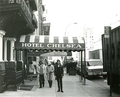 Chelsea Hotel, New York (1983) (Paul-M-Wright) Tags: nyc newyorkcity usa ny newyork andy america hotel us chelsea sid andywarhol warhol 1983 eighties 1980s vicious sidvicious chelseahotel paulwright hotelchelsea west23rdstreet 80's chelseagirls 222w23rdst ny10011