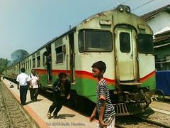 Bumi Geulis diesel hydraulic train (Badia Harrison) Tags: stasiun touring remotearea priangan