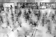 Tokyo - Shinagawa Station (sadaiche (Peter Franc)) Tags: longexposure people feet station japan tokyo traffic steps railway trains jr busy human shinagawa shinkansen arrghhh footfall heapsofpeople omgsomanypeople
