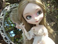 Mirror, mirror... (aninha  Strawberry Cake) Tags: forest garden mirror doll princess fairy groove pullip blanche obitsu