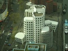 Buildings in Dusseldorf 6 (NewsMeBack) Tags: building dusseldorf