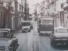 Calle Reina. Centro Habana (Adrian (Guaguas de Cuba)) Tags: bus volvo gm havana cuba habana hino omnibus guagua giron oldbus ikarus americanbus japanbus omnibusnacionales