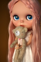 Mom, what do you think? (buganville) Tags: bear pink disco japanese doll teddy little boogie blythe custom takara mueca tyrion ebl buganville reroot shershe