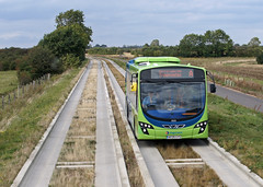 Cambridgeshire Guided Busway (Neil Pulling) Tags: bus busway stagecoach guidedbus stagecoachinthefens cambridgeshireguidedbusway cambridgebusway ae09gys cambridgeshirebusway