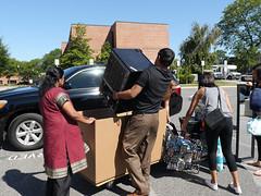 P1260837 (Widener University) Tags: movein studentmoveinday freshmanmoveinday freshman transfer boxes bins unload volunteers faculty staff