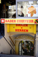 Suisse Bern Bader Coiffeur - atana studio (Anthony SJOURN) Tags: herren damen bader coiffeur haircut suisse swiss swittzerland schweiz schweizerische eidgenossenschaft svizzera confederazione svizra confederaziun bern capitale tramway tram streets ville town rail atana studio anthony sjourn