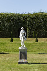 Statue WM (funny_h0w) Tags: hampton court palace stones garden water candles light lights statue history historic nature reflection blue green black