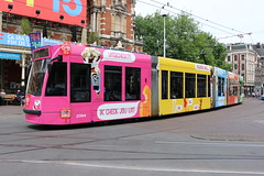 Lijn 1 -> Osdorp de Aker (AMSfreak17) Tags: amsfreak17 danny de soet canon 70d gvb gemeentelijk vervoerbedrijf amsterdam amsterdamse tram world of trams ov openbaar vervoer public traffic transport transportation nederland the netherlands dutch railway holland strassenbahn stadsvervoer light rail service 13g 14g siemens combino commercialtram leidseplein 2094 reclame advertising ola ice cream