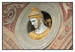 Busto in terracotta invetriata, opera di Giovanni della Robbia, 1566 (Matteo Bimonte) Tags: florence firenze toscana chiostro busto galluzzo giovannidellarobbia chiostrogrande