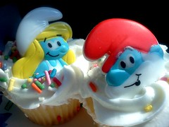 my past and present time (frankieleon) Tags: toy cupcakes interestingness interesting bestof ring cc cupcake creativecommons happybirthday icing smurf popular smurfette papasmurf frankieleon