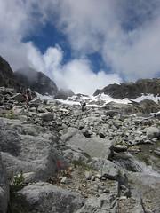 036 working down to Mesachie Glacier cirque