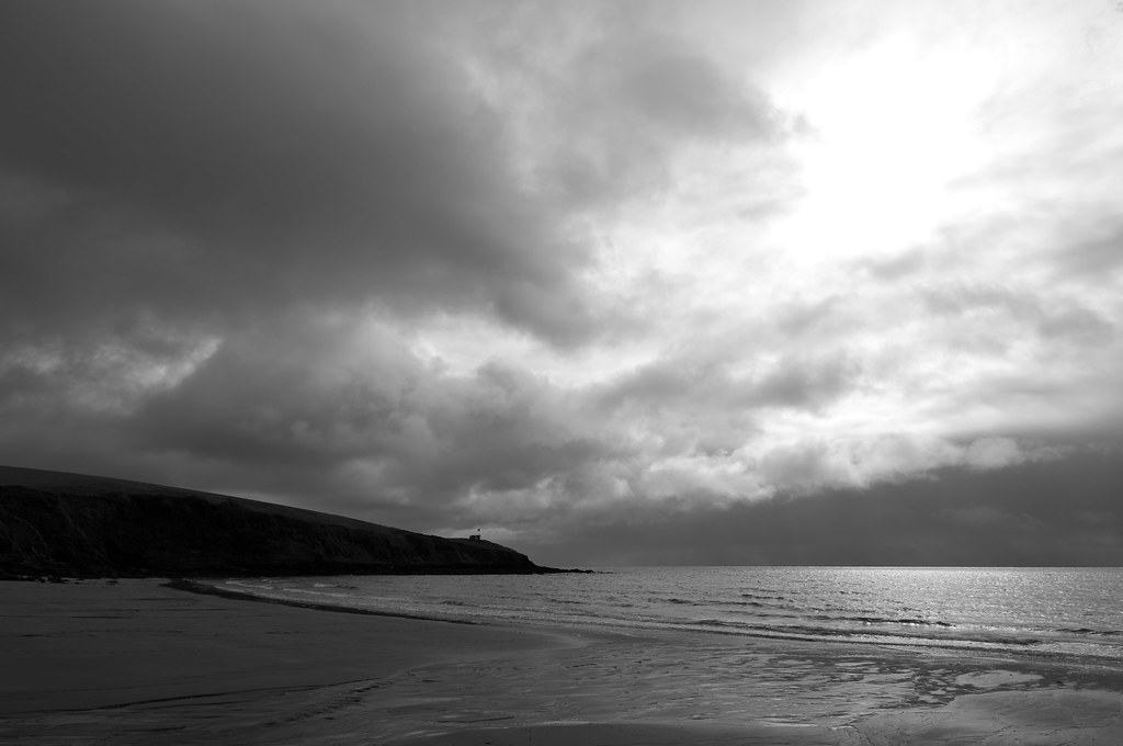 Clouds @ Porthcurnick Beach, Cornwall