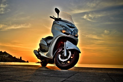 2012 9 26 MAJESTY HDR (flang1971) Tags: sunset car bike sunrise tramonto mare alba aircraft military scooter helicopter motorbike moto sicily macchina hdr catania sicilia majesty helo acireale acitrezza motocicletta militare elicottero acicastello elicotteri majesty400