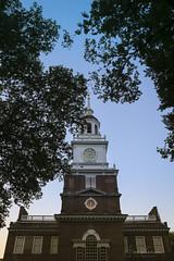 Philadelphia (Fiona Katarina) Tags: philadelphia phila philly sunset independencehall