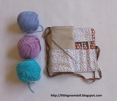 6205-Guardaagujas-Crochet (Silvia LGD (Little Green Doll)) Tags: hechoamano crafts patchwork fabrics telas lino linen handmade crochet ganchillo funda needle