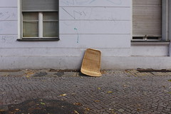 Please take a seat #486 (sterreich_ungern) Tags: serie collection stuhl chair seat lost abandoned 44 nk berlin