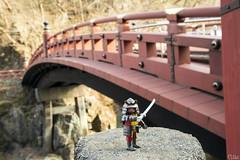 Shin-Kyo (_Galle_) Tags: galle miguelagallego miguelangelgallego miguelgallego miguel gallego photo photography photographer photos foto fotografia fotografo fotografa fotgrafo fotos playmobil mueco toy figure juguete world country japan japn nihon nihonkoku nippon nipponkoku   nikko nikk nikkshi shinkyo puente bridge samurai japanesewarrior