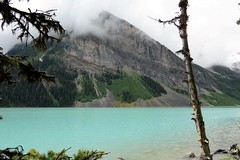 Low Clouds (Patricia Henschen) Tags: banff banffnationalpark parks parcs canada alberta lakelouise lake clouds mountains canadian rockies northern rockymountains lakeshore trail