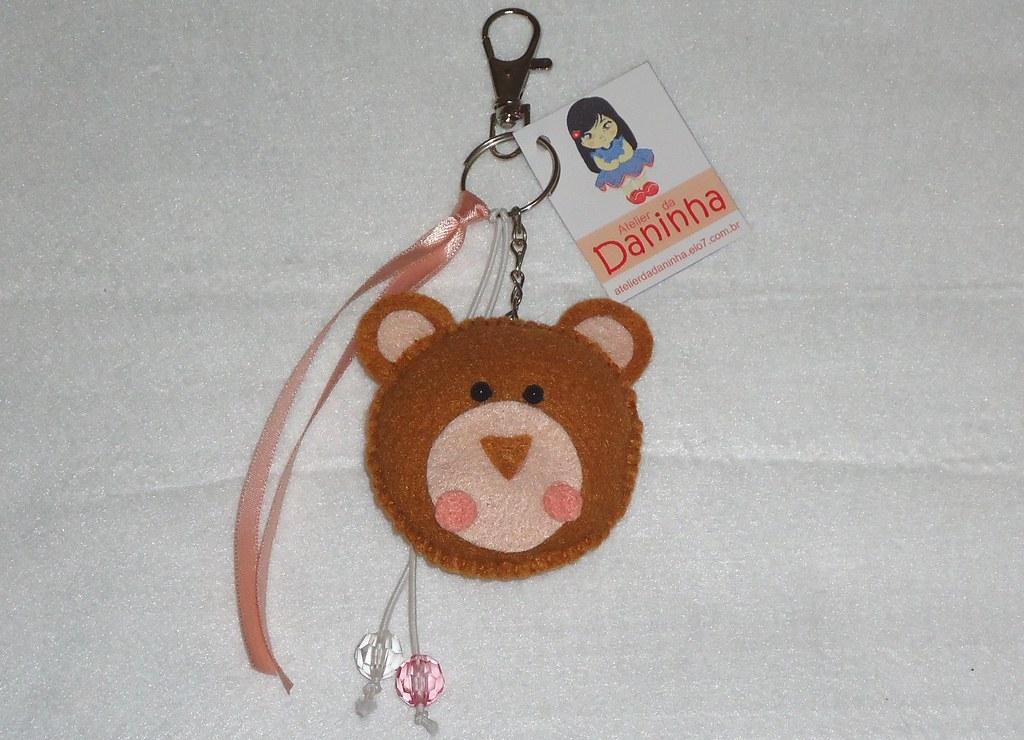 02d80ff31e Chaveiro Safari - Urso (Caju Rosa) Tags  rosa mimo safari feltro animais  urso