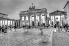 Brandenburg Tor, Berlin.. (Sanjib Behera) Tags: blackandwhite bw berlin tourism germany deutschland nikon hdr brandeburg touristplace bradenburgtor nikond90 flickraward