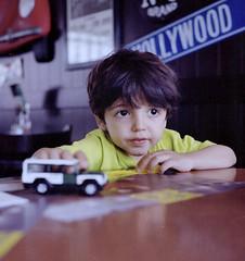 Javier (Luis Fornero) Tags: film analog mediumformat kodak portra squared 160 minoltaautocord1rokkor85f35