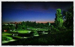 Mauerpark by Night (abbilder) Tags: berlin night abend nacht mauerpark iphone twop abendlicht iphone4 abbilder wwwabbildercom snapseed