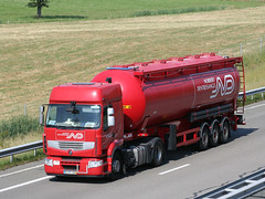 ND 19 (Mulligan2001) Tags: truck renault premium norbertdentressangle