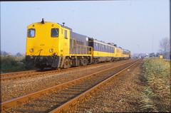 Appingedam 26-10-1987 (Jagd1sitzer) Tags: df ns groningen cto appingedam dieselloc fietsrijtuig trekduwtrein loc2200