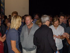 Taylor Hawkins (Foo Fighters - back to camera), Jony Ive (Apple VP) , Tim Cook (Apple CEO - with back to camera), Scott Forstell (VP Software, Apple) (textlad) Tags: nirvana ios iphone yerbabuenacenterforthearts phil timcook pat appleiphone iphone5 jonyive scottforstall taylor foo fighters grohl hawkins iphonefive smear ios6 iphone5launch schiller dave