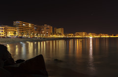 Sant Antoni de Calonge Beach night (BertlivePhoto) Tags: 39albert batlle ricobertlivecanon 1022canon 7dfotografialong exposurephotographysant antoni de calongecapturelightslumsnightnitnochephoto39 albertbatllerico bertlive canon1022 canon7d fotografia longexposure photography santantonidecalonge capture lights lums night nit noche photo calonge