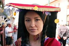 Per, Cusco (2016) (Nando.uy) Tags: nandouy per cusco 2016 retrato belleza local beauty protrait female mujer woman brunette morocha mirrorless travel viaje junio fiesta desfile parade party
