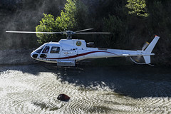 antincendio boschivo (maxis965) Tags: italia fiume arno toscana acqua incendio fuoco pilota soccorso elicottero pompiere antincendio eliche boschivo capraiafiorentina