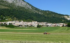 les foins  Caille (b.four) Tags: village paese foin hay fieno caille alpesmaritimes