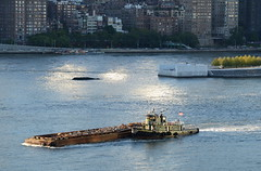 First Day of Fall 2016 (Rob Bellinger) Tags: tug tugboat east river new york city un general assembly marine steel scrap scow fall equinox sunset 2016 workingharbor urban waterfront manhattan rooseveltisland goldenhour magichour queens longislandcity
