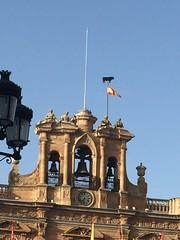 Bull and flag Salamanca (touring_fishman) Tags: salamanca spain september 2016 plazamayor